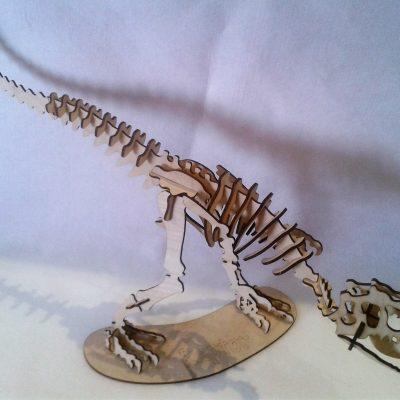 dinozaur typu t-rex_raptor d+é.80cm _cena 35_00 z+é_