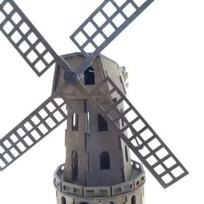 wiatrak wys. 25 cm _ ze +Ťmig+éem - 39 cm cena _ 35z+é_